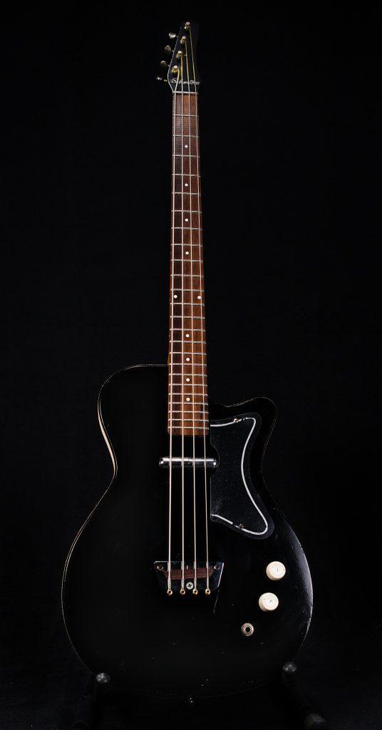 1963 Silvertone 1444